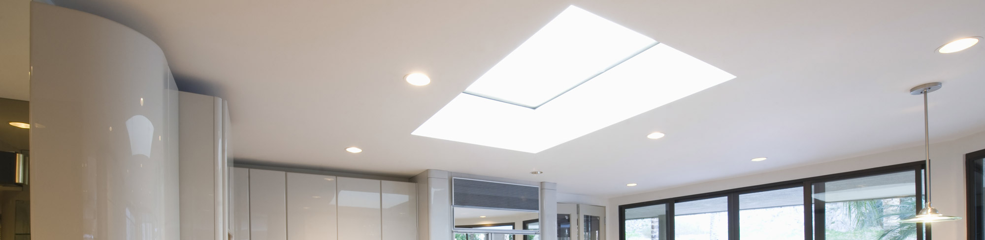 Slider skylight